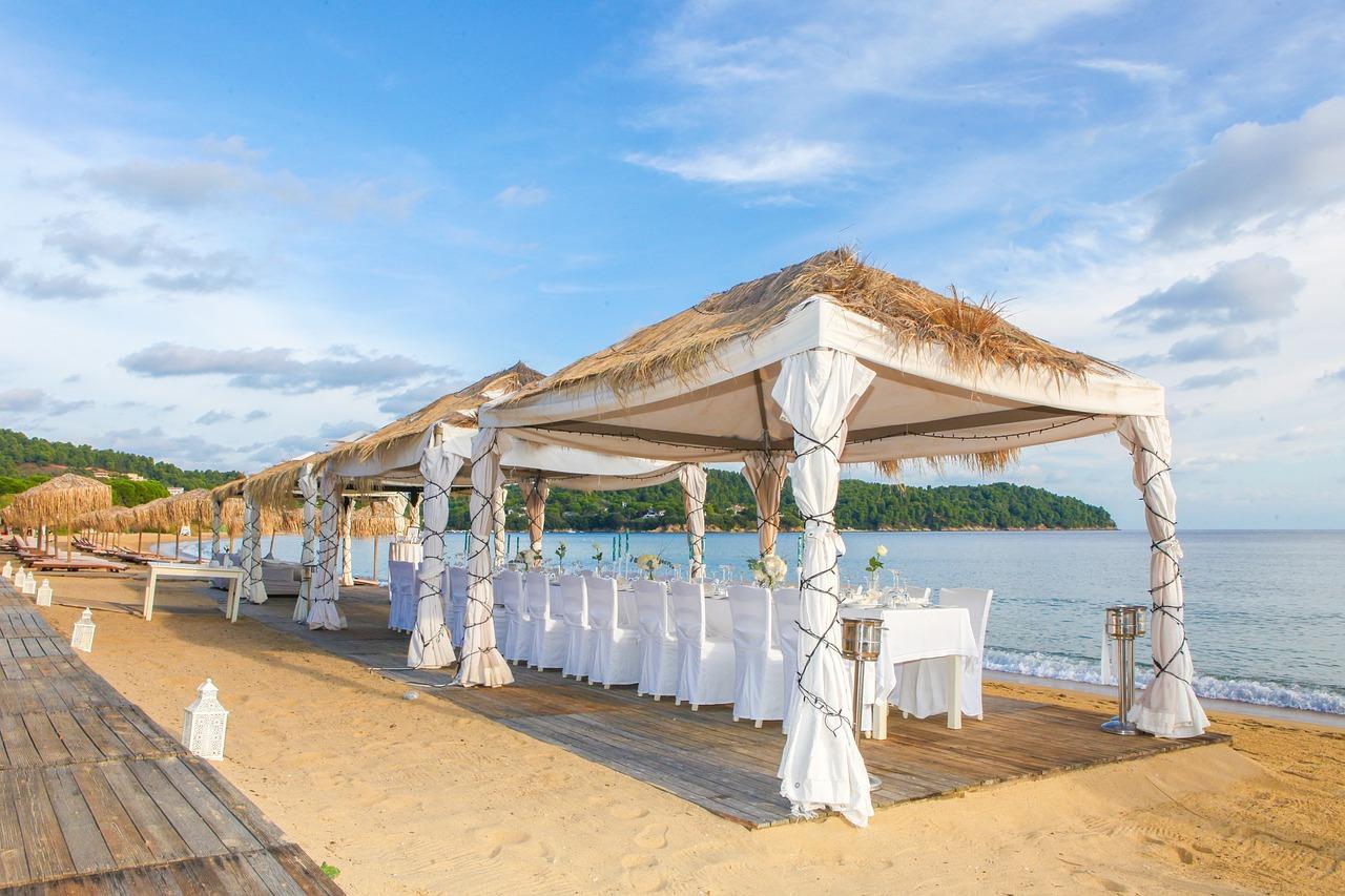 ציוד מוכן בחתונת חוף